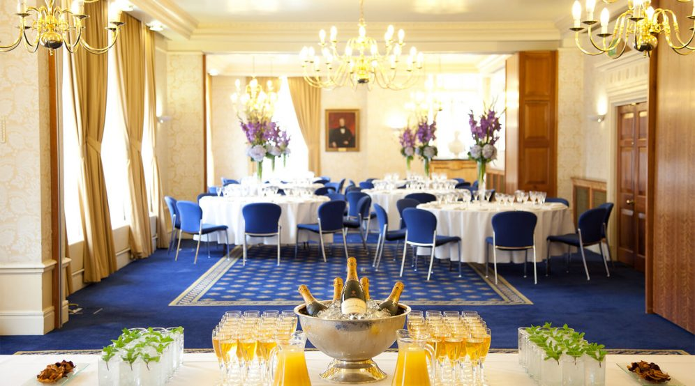 A drinks reception and dinner hosted in our Strand, Fleet and Bell Suites.