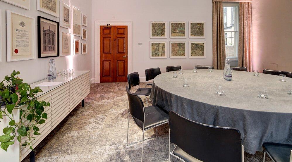 Folkestone Room, Round Table Meeting
